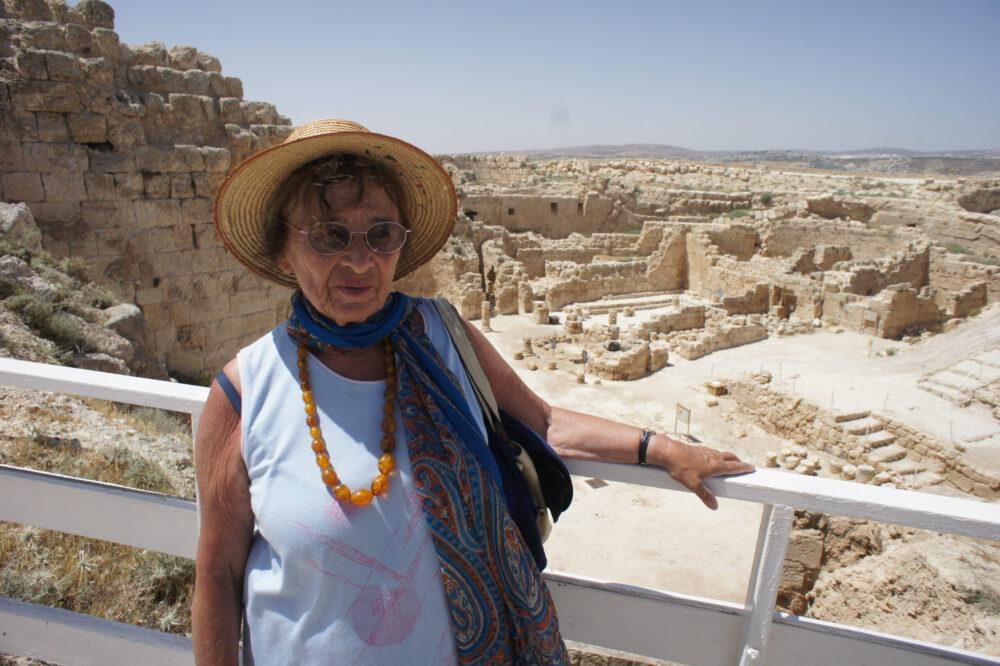 Heller Ágnes: Szikrák az Apokalipszisból – Lehet-e ábrázolni a holokausztot? | Múlt és Jövő